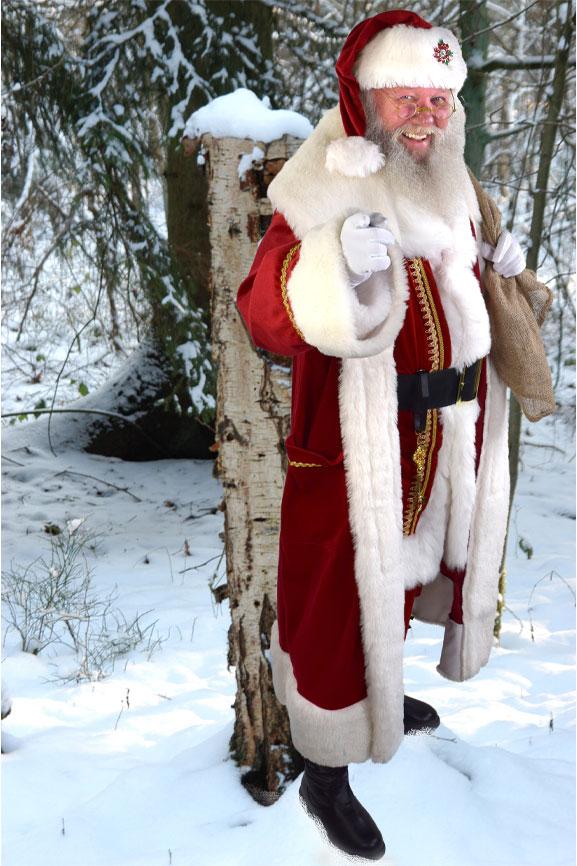 Weihnachtsmann Celle im Wald